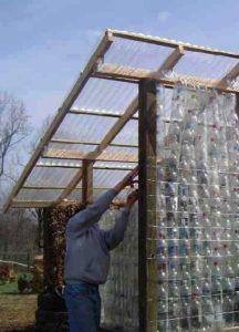 Беседка из пластиковых бутылок