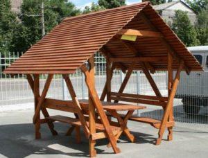 Деревянная крыша для беседки